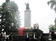 55f6c193-ab53-4f5b-b035-dbd7617e2f8f_donja trnova , spomenik borcima - zrtvama fasistickog terora.jpg